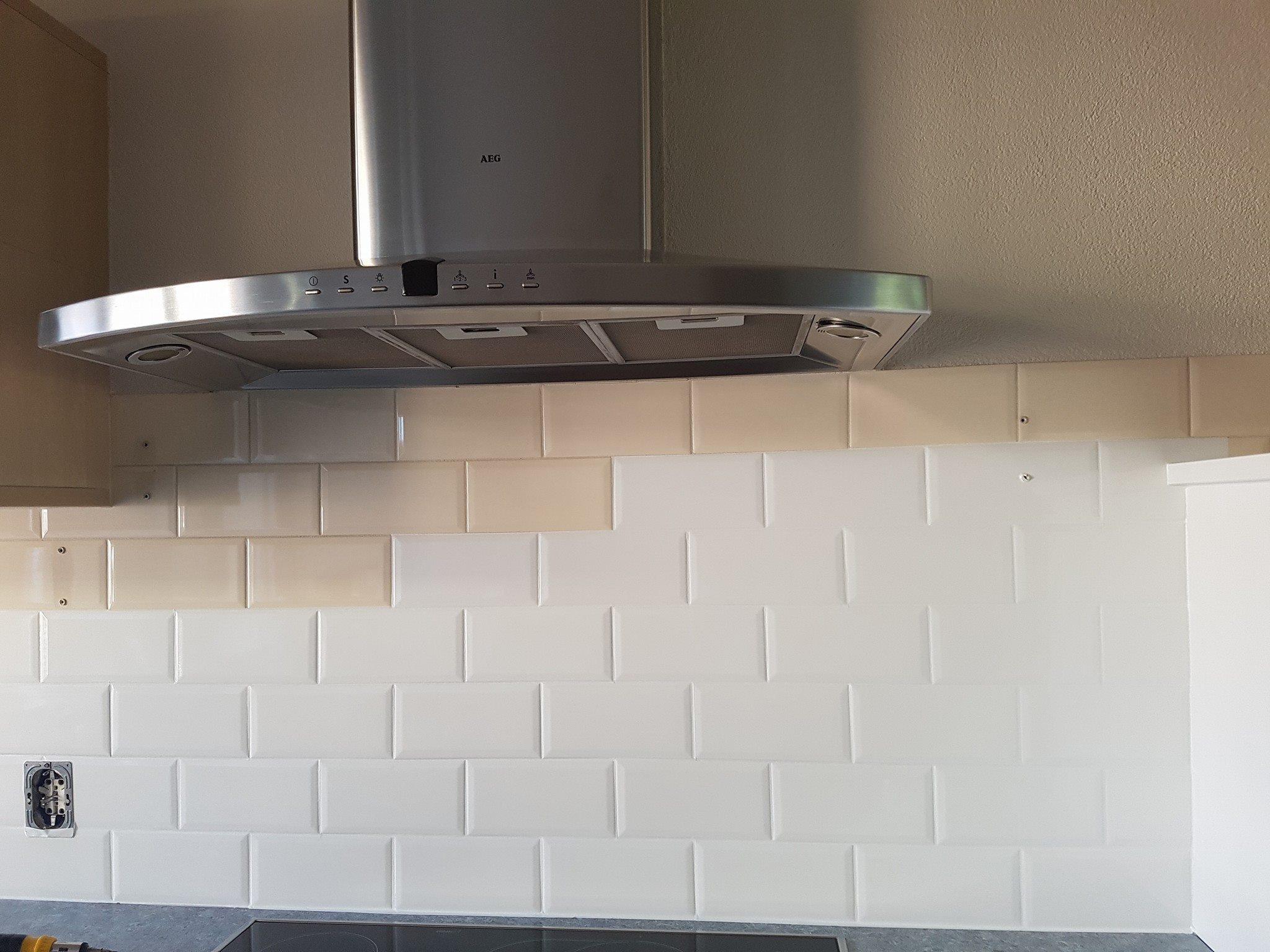 Glad Keuken Achterwand : Tegels en achterwanden