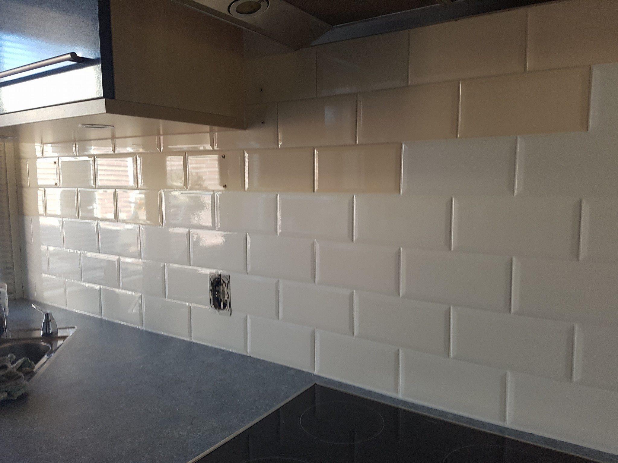Tegels Grijze Keuken : Tegels en achterwanden