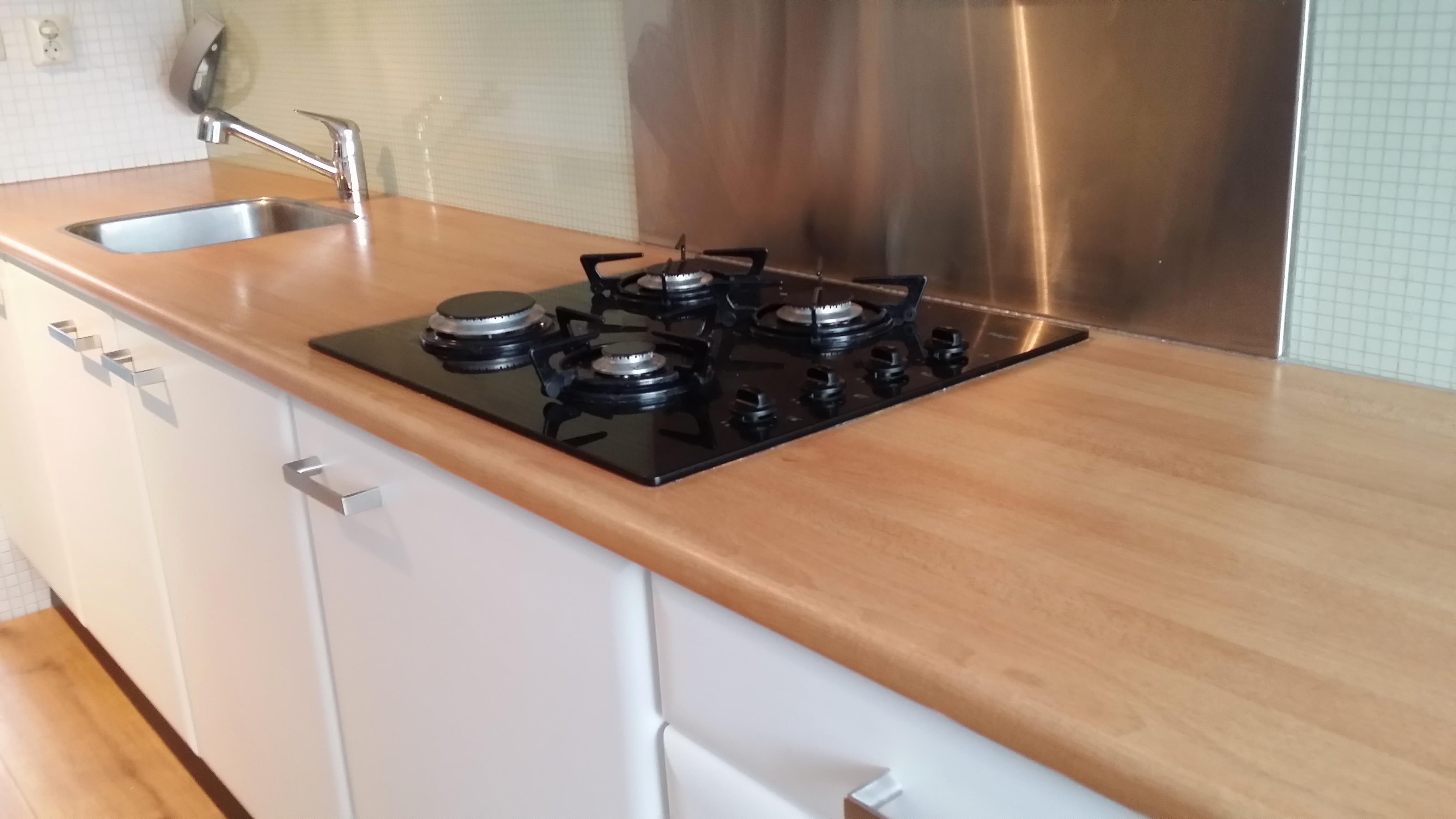 Witte Keuken Voordelen : Keuken u blauw beuken naar mat wit inclusief metallic grijs