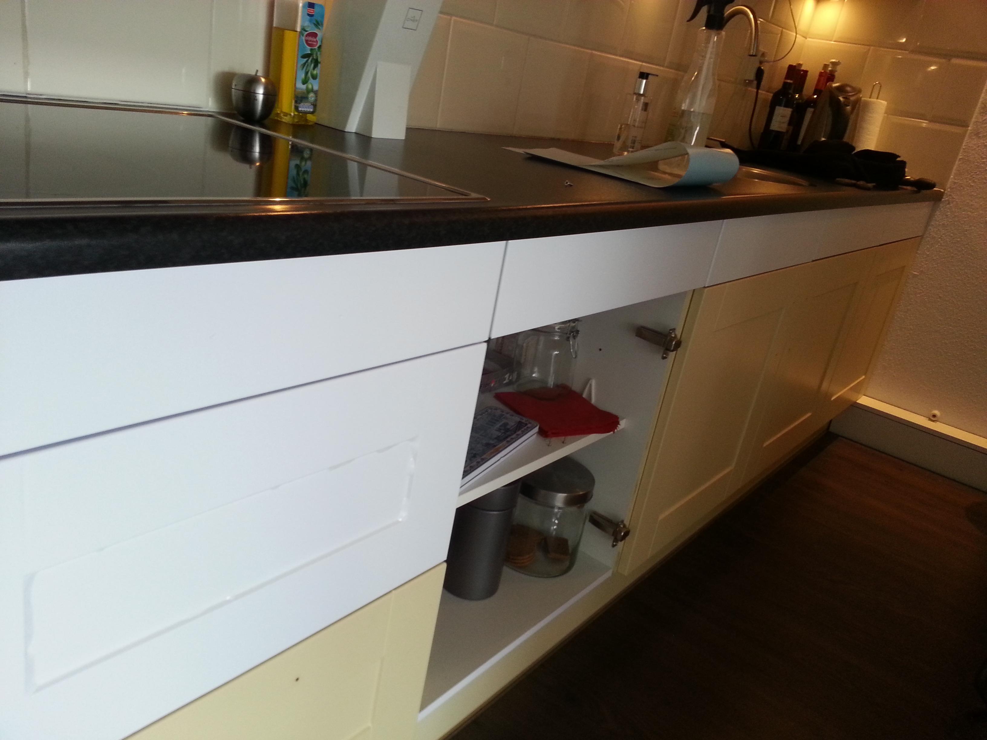 Keuken Hoogglans Wit Of Mat : Fotos – Keuken Van Geel Hout Kleur Naar Hoogglans Wit Mat Zwart