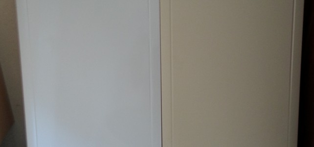 Keuken – Van geel/hout kleur naar hoogglans wit/mat zwart!