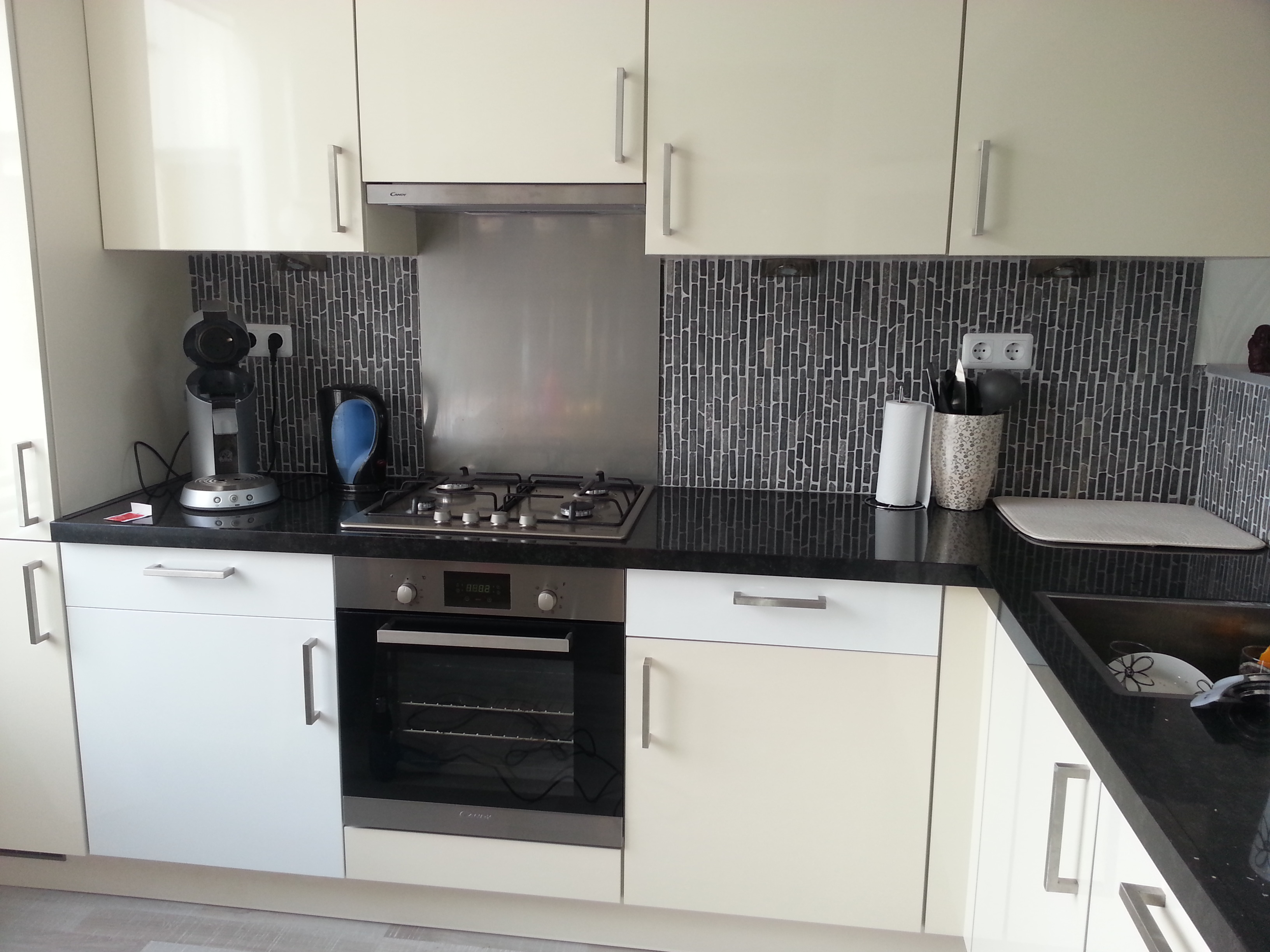 Geel De Keuken : Keuken u2013 magnolia geel naar hoogglans wit
